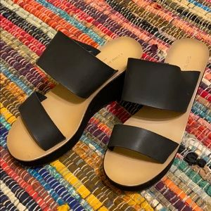 Chinese Laundry Platform sandals women's size 6